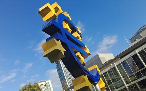 Přijďte diskutovat o aktuálních problémech Evropské hospodářské a měnové unie